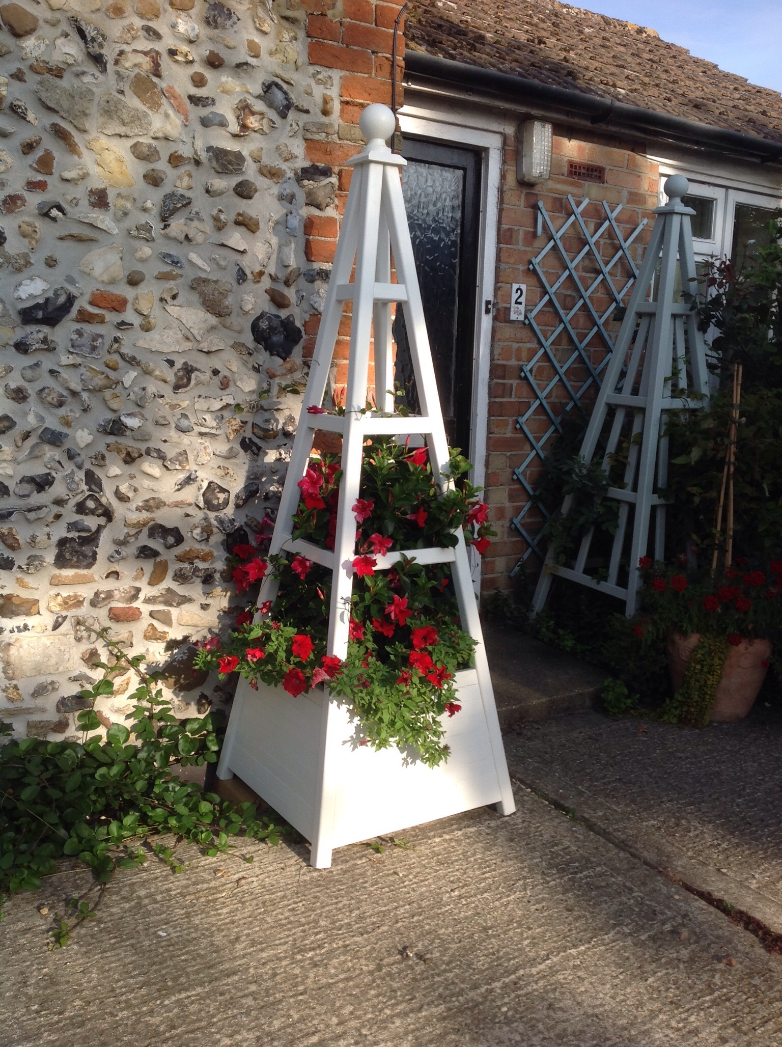 Wooden Garden Obelisk With Integral Planter