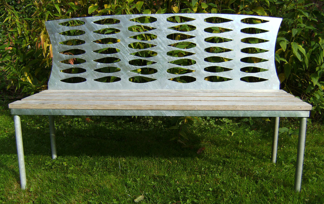 Willow Leave Bench