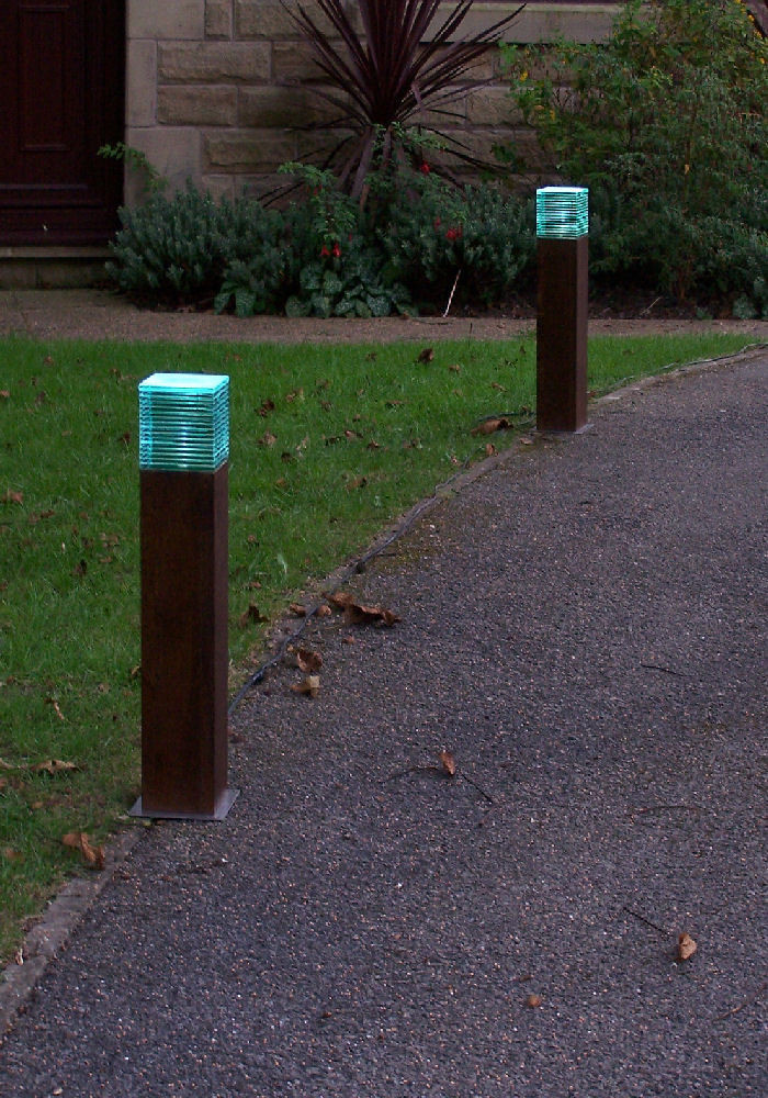 Iroko- LED mini bollard light