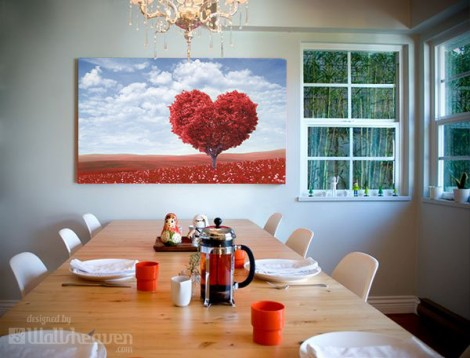 Stunning heart in the dining room